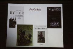 Niekoľko odporúčaní na literatúru pre záujemcov o tému rytierstva.