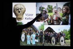 """Archeologická ka""""Takto vyzerali Kelti, až na malú chybičku - nenosili brady, len fúzy!"""""""