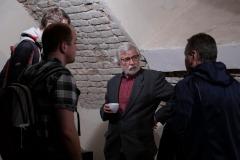 Archeologická kaviareň pokračovala ďaľej neformálnou diskusiou.